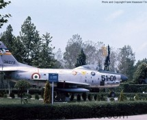Sabre 51-01 (38276) of the ItAF as gate-guard at Istrana AB in 1973 (FK)